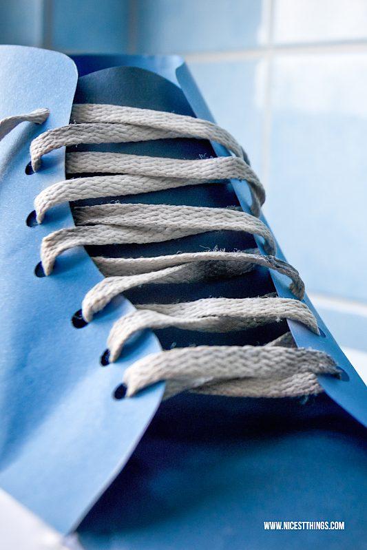 Schuh aus papier basteln Anleitung Geschenkverpackung Geldgeschenk #schuh #papier #geldgeschenk #geschenkverpackung