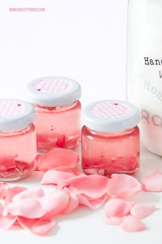 Rosengelee selber machen Rezept