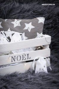 Adventskalender Kiste Adventskiste Holzkiste Säckchen Advent #adventskalender #kiste #holzkiste #advent