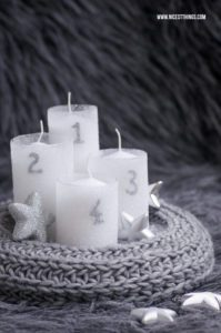 DIY Strick Adventskranz selber machen #diy #stricken #adventskranz #wolle #diyadvent