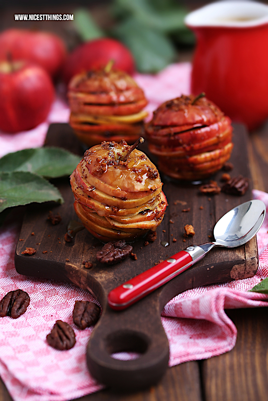 Apfel Millefeuille Rezept mit Karamell, Pekannüssen und Zimt