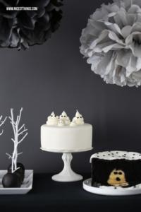 Halloween Sweet Table Schwarz Weiss Geister Torte #halloween #sweettable