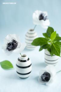 Papierblumen basteln Blumen basteln DIY Anemonen aus Krepppapier #papierblumen #basteln #blumen #papier #krepp #diy #diydeko #dekoideen #anemonen #paperflowers
