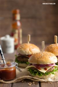 Burger Buns mit Thermomix Rezept, die besten Burgerbrötchen selber machen