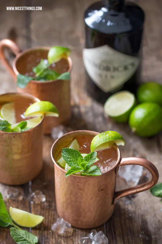 Moscow Mule Rezept mit Gin im Kupferbecher #moscowmule #cocktails #silvester #drinks #gin #cocktailrezepte #silvesterdrinks #kupferbecher