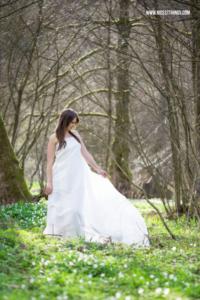 Portrait Shooting Frühling Wald Lichtung #frühling #shooting #portraitshooting #hochzeit #styledshoot #wedding #spring