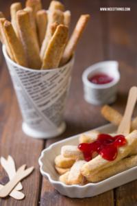 süße Pommes Rezept, Pie Fries selber machen, Cookie Fries mit Erdbeersauce #piefries #süssepommes #cookiefries #pommes #fries
