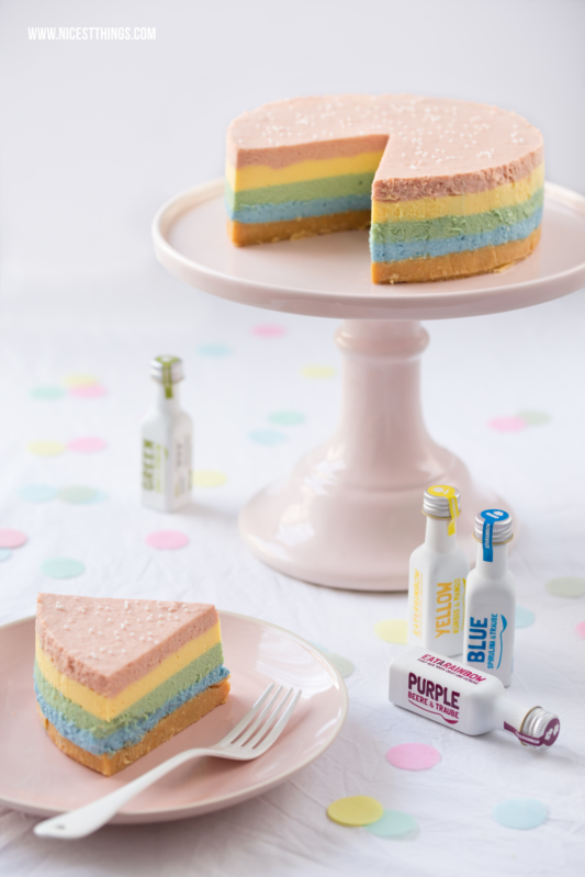 Regenbogen Cheesecake Rezept, Rainbow Cheesecake / bunter Käsekuchen ohne Backen