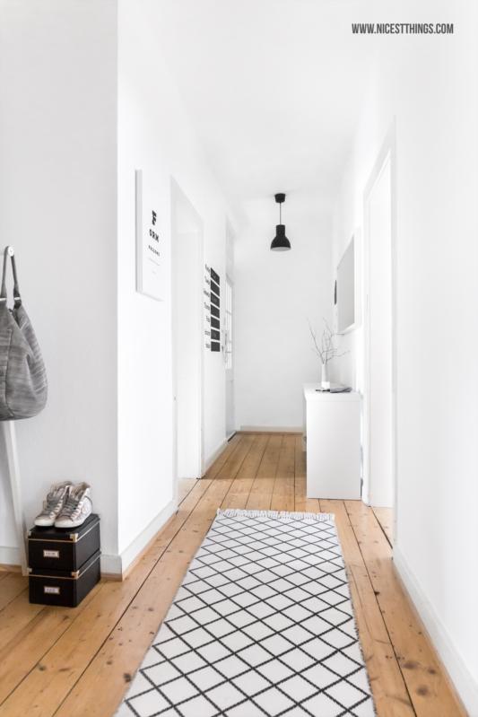 wei er flur ferm living wallsticker tray table von madeindesign nicest things. Black Bedroom Furniture Sets. Home Design Ideas