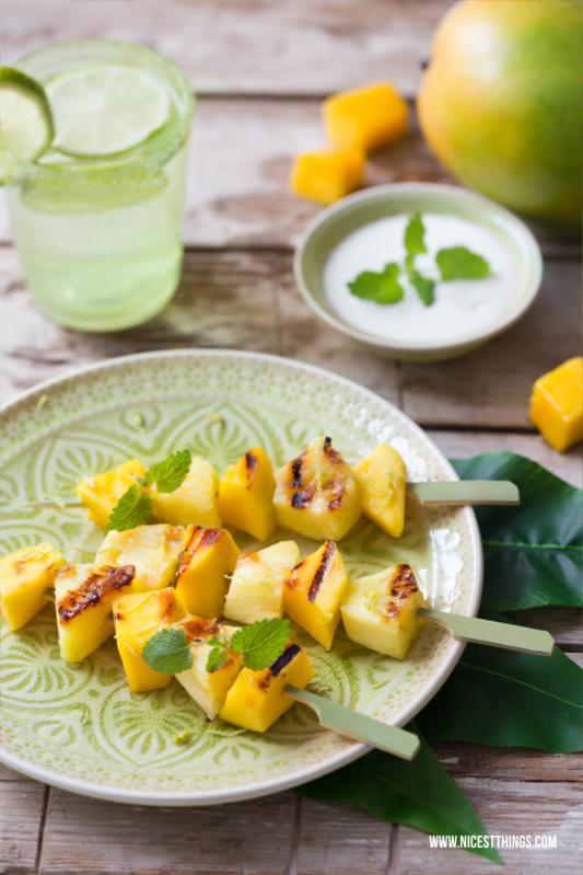 Gegrillte Ananas Spiesse Rezept mit Mango und Honi...