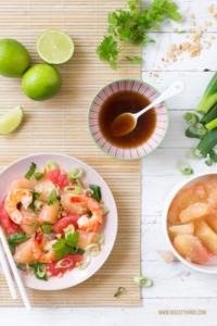 Thai Pomelo Salat mit Grapefruit und Garnelen