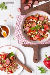 Ungarischer Kichererbsen Salat Rezept mit Paprika und Kabanos