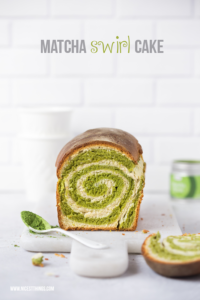 Matcha Swirl Cake oder Matcha Kuchen mit Spirale, ...