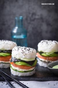 Sushi Burger Rezept glutenfrei mit Avocado und Lachs