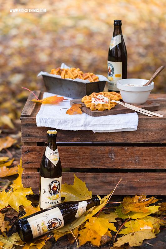 Herzhafte Kürbiswaffeln Rezept mit Speck für's Herbstpicknick