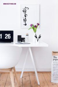 Schreibtisch Arbeitszimmer weiss und Putztipps