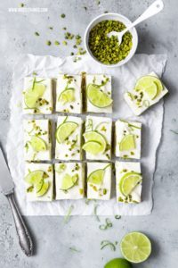 Avocado Limette Cheesecake Bars No Bake Frischkäse Schnitten