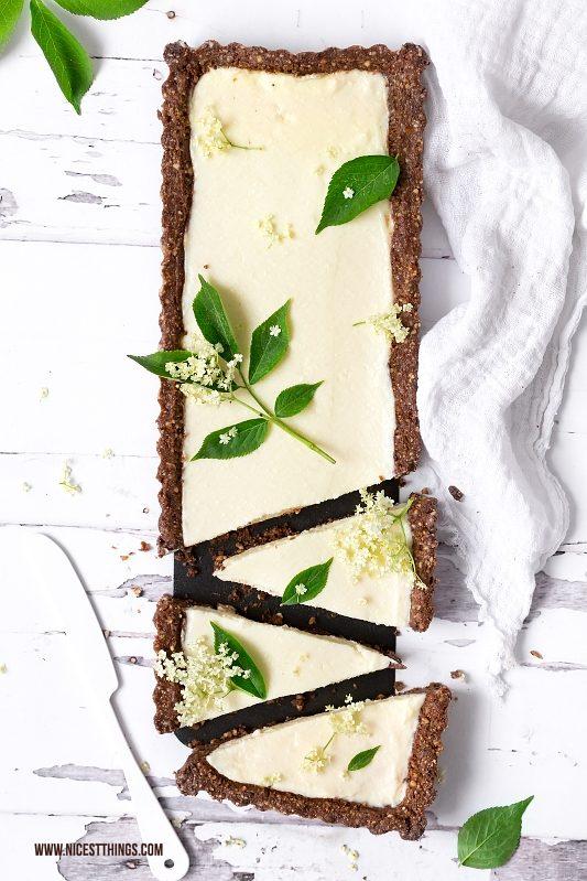 Holunderblüten Tarte Rezept mit weisser Schokolad...