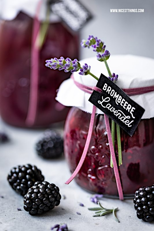 Brombeer Marmelade mit Lavendel Brombeeren Lavendelblueten Konfituere #lavendel #marmelade #brombeeren