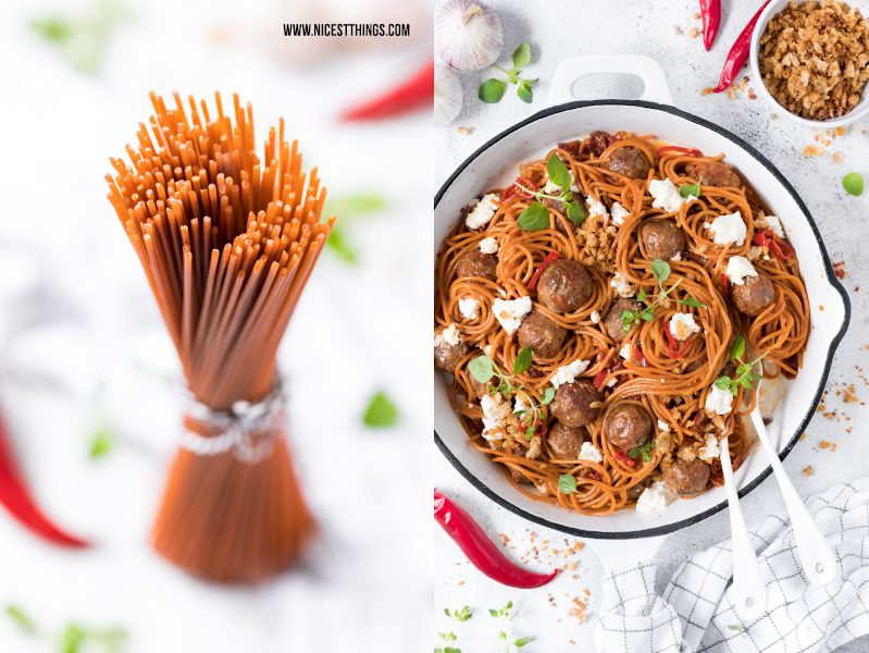 Chili Knoblauch Spaghetti mit Chorizo Hackbaellchen