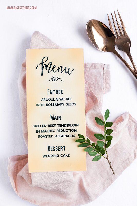 Vintage Tischdeko Hochzeitspapeterie selber machen DIY Menukarte #wedding #vintage #diy #tischdeko #hochzeitspapeterie