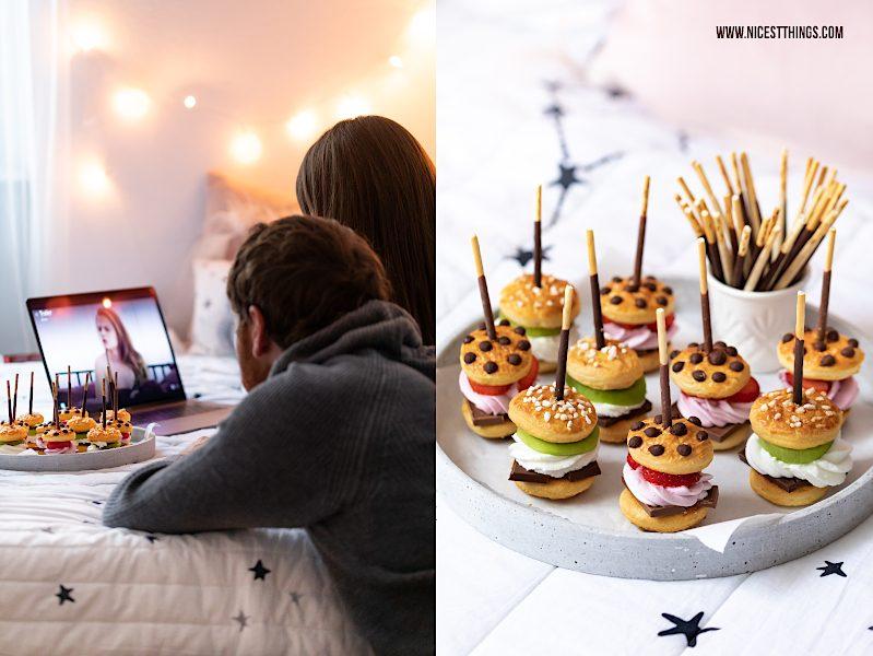 Pärchen Serienabend Mikado Rezept süße Mini Burger