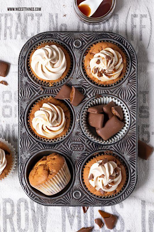 Daim Cupcakes Rezept Karamell Frosting Karamell Kern #daim #cupcakes #karamell #frosting #muffins #caramel