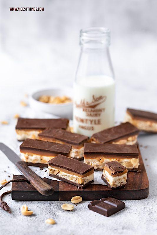 DIY Schokoriegel selber machen Erdnuss Karamell Rezept #schokoriegel #schokolade #erdnussbutter