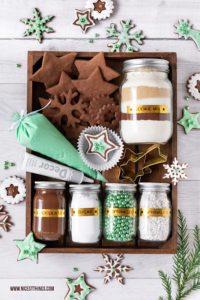 DIY Weihnachtsgeschenk Cookie Decorating Kit DIY Plätzchen Set #bastelnweihnachten #weihnachten #plätzchen #geschenkideen #cookiedecorating #cookiedecoratingkit #brother #ptouch