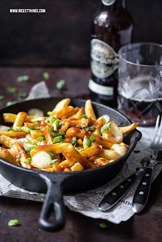 Poutine Rezept Pommes Käse Bratensosse #poutine #canadianfood #fries #pommes #comfortfood #fastfood #raclette