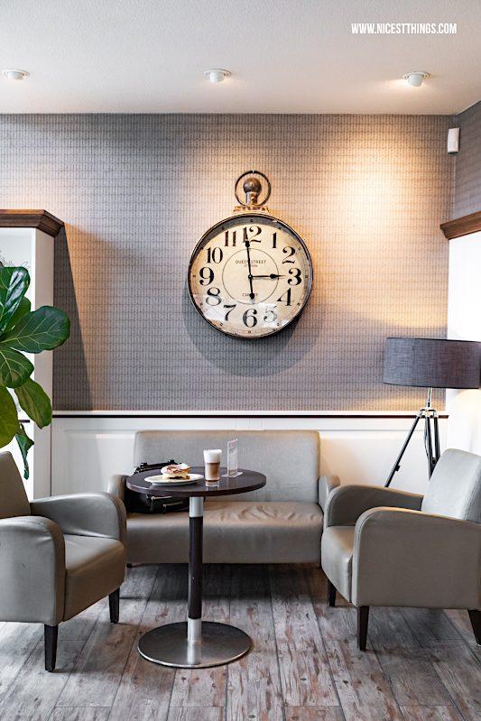 Usedom Tipps: Cafe Bäckerei Backbord in Zinnowitz #usedom #usedomtipps #usedomessen #cafe #backbord #travelblogger #reisetipps #ostsee