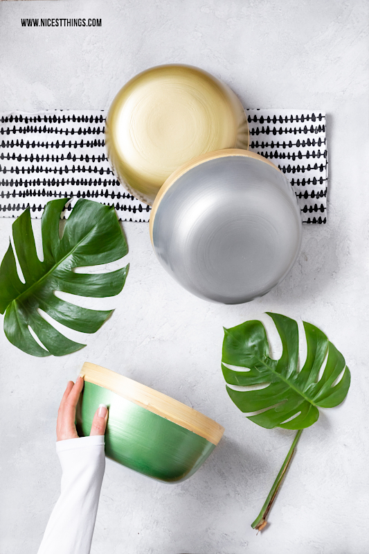 DIY Bambus Schalen lackieren Metallic Montana Cans #diy #bambus #bambusschalen #bambusschale #bamboobowl #sprühfarbe #montanacans #metallic #allspraypainted