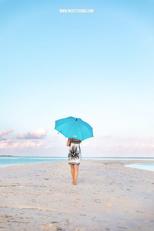 Malediven Maldives Strand Shooting Sonnenschirm Lux South Ari Atoll #malediven #maldives #beach #sonnenschirm #lux #luxsouthari #luxsouthariatoll