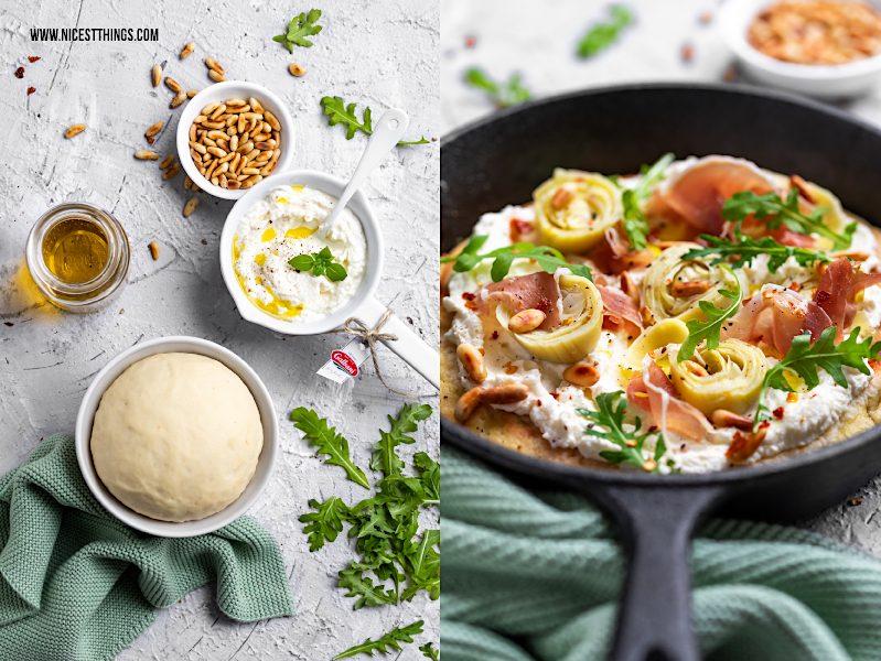 Pan Pizza Pfannenpizza Pizza in der Pfanne Rezept mit Ricotta, Artischocke, Prosciutto, Rucola, Pinienkernen