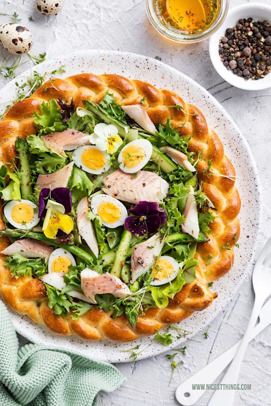 Ostersalat im Teigkranz mit Wachteleiern Spargel Bach Saibling Friedrichs #ostern #salat #ostersalat #osterrezept #wachteleier #spargel #saibling #friedrichs #bachsaibling