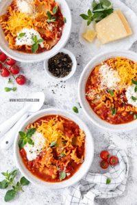 Lasagnesuppe vegetarisch Rezept Lasagne Suppe schnell einfach Feierabendküche schnelle Rezepte #lasagne #suppe #lasagnesuppe #schnellerezepte #einfacherezepte #pasta #nudeln #vegetarisch