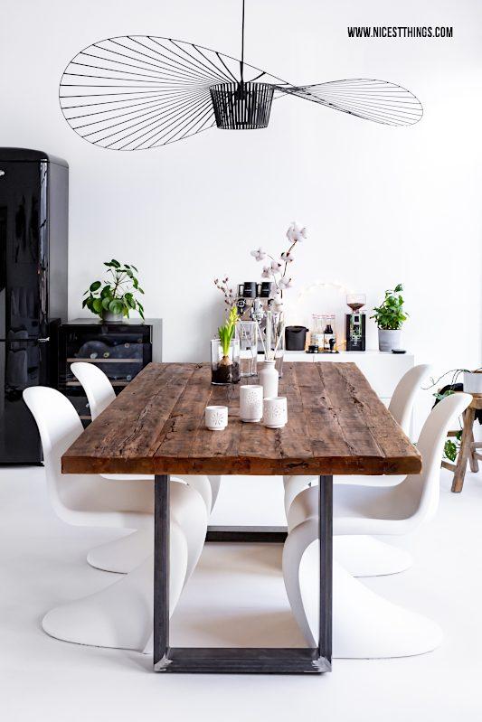 Vertigo Petite Friture Leuchte Lampe Deckenleuchte Esstisch Altholz Loft Panton Chair weiß #vertigo #petitefriture #leuchte #deckenleuchte #loft #esstisch #altholz #pantonchair