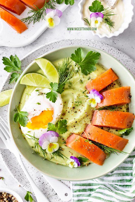 Avocado-Kartoffel-Brei mit pochiertem Ei und Wildlachs-Filet Avocado-Kartoffel-Püree Stampf #avocado #kartoffel #brei #püree #avocadokartoffelbrei #kartoffelbrei #wildlachs #friedrichs #kodiak #meisterstück #friedrichsfeinfisch #pochiertesei #poachedegg #springbowl #lachs